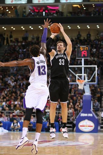 Teletovic leads Nets to 129-117 OT win over Kings