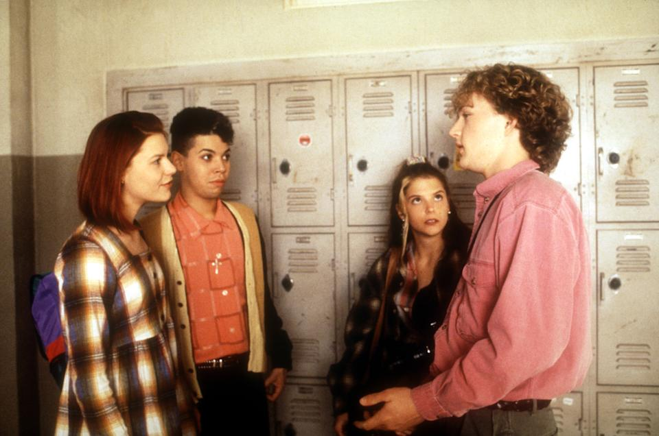 From left to right: Claire Danes, Wilson Cruz, A. J. Langer, and Devon Gummersall on 'My So-Called Life' (Photo: ABC/Courtesy Everett Collection)