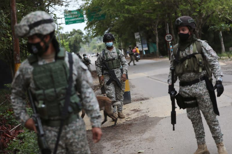 Colombian military soldiers patrol the streets in Arauquita