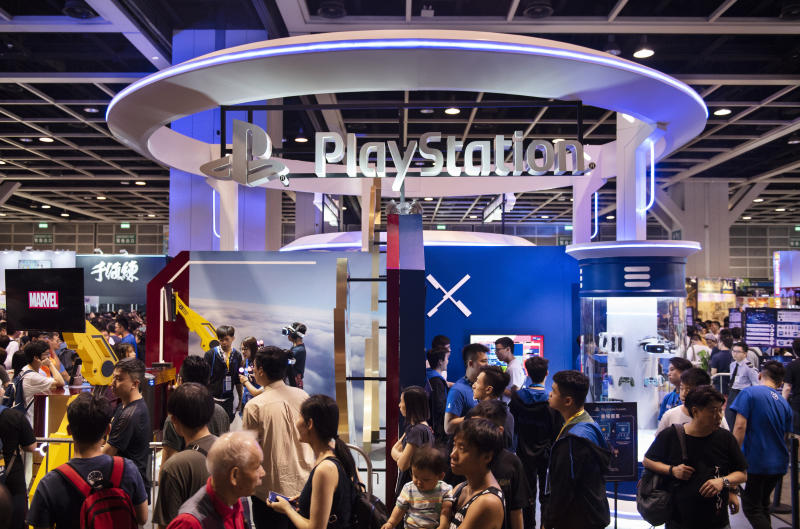 HONG KONG, CHINA - 2019/07/28: Visitors are seen at Sony' PlayStation brand booth during the Ani-Com & Games event in Hong Kong. (Photo by Budrul Chukrut/SOPA Images/LightRocket via Getty Images)