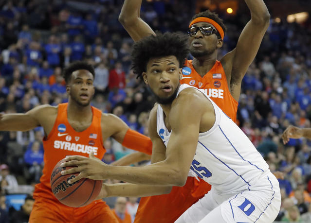 Duke's Marvin Bagley III led all scorers with 22 points. (AP Photo/Charlie Neibergall)