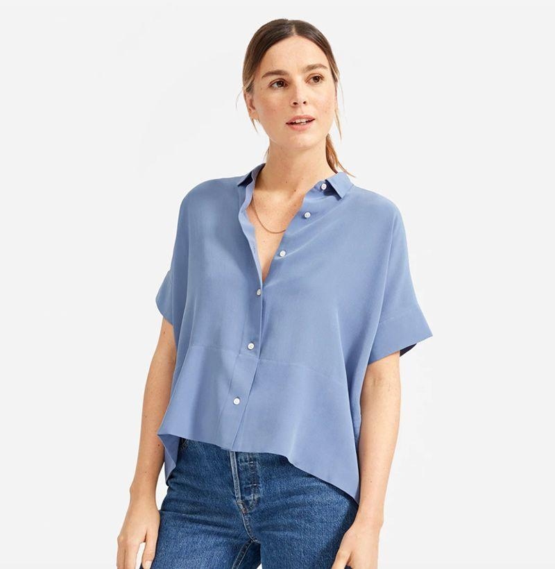 """<p><strong>Everlane</strong></p><p>everlane.com</p><p><strong>$88.00</strong></p><p><a href=""""https://go.redirectingat.com?id=74968X1596630&url=https%3A%2F%2Fwww.everlane.com%2Fproducts%2Fwomens-clean-slk-sq-shirt-frenchblue&sref=https%3A%2F%2Fwww.esquire.com%2Flifestyle%2Fg18726497%2Flast-minute-mothers-day-gift-ideas%2F"""" rel=""""nofollow noopener"""" target=""""_blank"""" data-ylk=""""slk:Buy"""" class=""""link rapid-noclick-resp"""">Buy</a></p><p>Summery silk is a no-brainer. Everlane's take on a short-sleeve top will fit right into your mom's wardrobe. </p>"""