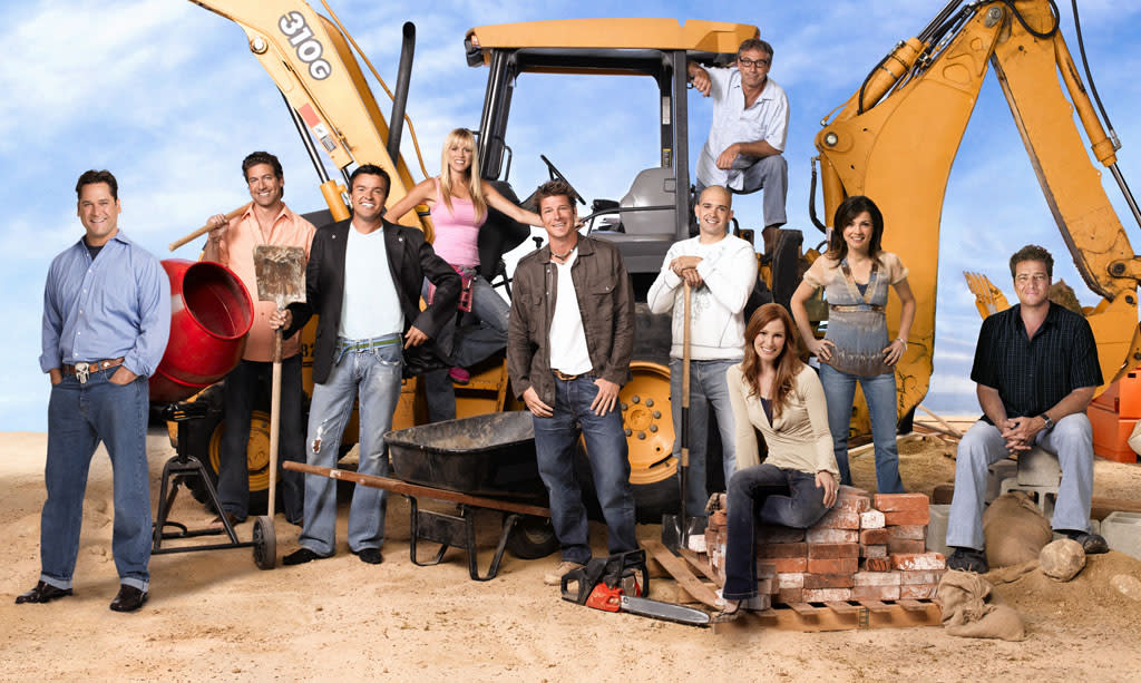 """<b>""""<a href=""""http://tv.yahoo.com/extreme-makeover-home-edition/show/36736"""">Extreme Makeover: Home Edition</a>""""</b> (ABC) <br><br> <a href=""""http://tv.yahoo.com/news/extreme-makeover-home-edition-cancelled-abc-214745458.html"""" target=""""_blank"""">Read More</a>"""