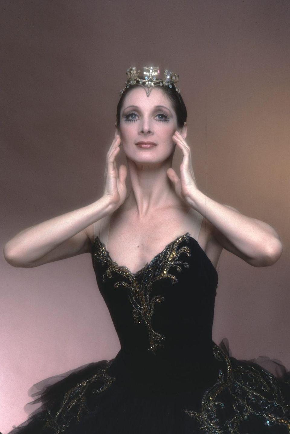 <p>Whether you go classic ballet or modernized Natalie Portman, the Black Swan costume tows the line between spooky and sophisticated.</p>