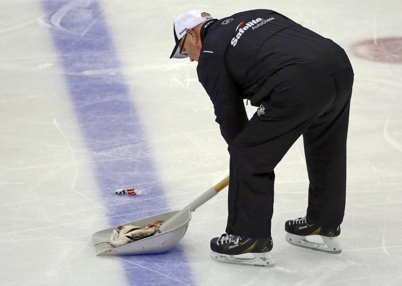 Charges against Preds fan who threw catfish onto ice withdrawn