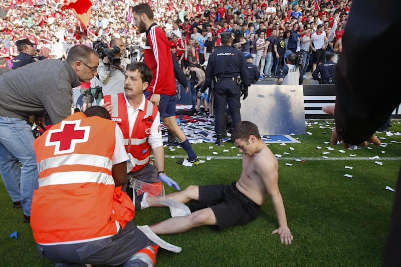 Fans injured in Spain after railing collapses