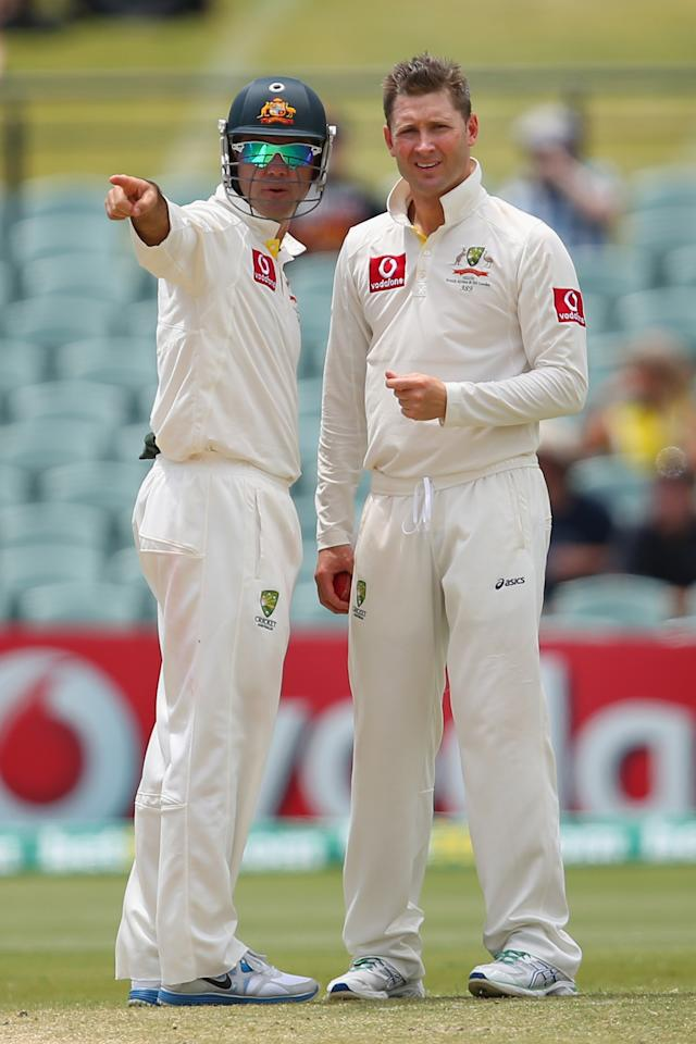 ADELAIDE, AUSTRALIA - NOVEMBER 26:  Ricky Ponting of Australia talks to captain Michael Clarke during day five of the Second Test Match between Australia and South Africa at Adelaide Oval on November 26, 2012 in Adelaide, Australia.  (Photo by Cameron Spencer/Getty Images)