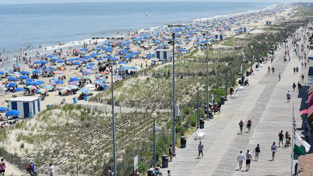 PHOTO: Crowds are shown on Rehoboth Beach in Delaware, July 4, 2020. (Chuck Snyder/Special to Delaware News Journal via Imagn Content Services, LLC via USA Today)