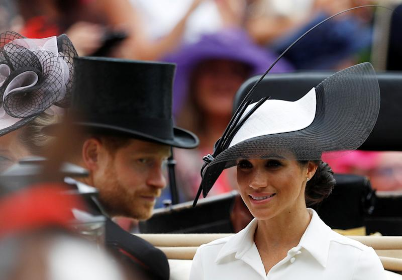 The royal couple arrive at the Ascot racecourse.  (Peter Nicholls / Reuters)