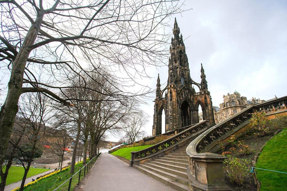 """<p>This Victorian Gothic monument to Scottish author Sir Walter Scott is the second largest memorial to an author in world - just pipped to the post by the José Martí monument in Havana.</p><p>With 287 steps to the top and gorgeous vistas over the city once you get there, the <a href=""""https://www.edinburghmuseums.org.uk/venue/scott-monument"""" rel=""""nofollow noopener"""" target=""""_blank"""" data-ylk=""""slk:Scott Monument"""" class=""""link rapid-noclick-resp"""">Scott Monument</a> is a brilliant activity if you're visiting Edinburgh with very energetic kids. </p><p>The monument sits in Princes Street Gardens and so there's plenty of space for fun, games and picnicking after you've managed to catch your breath. </p><p><a class=""""link rapid-noclick-resp"""" href=""""https://go.redirectingat.com?id=127X1599956&url=https%3A%2F%2Fwww.booking.com%2Flandmark%2Fgb%2Fscott-monument.en-gb.html%3Faid%3D2070936%26label%3Dprima-edinburgh-kids&sref=https%3A%2F%2Fwww.prima.co.uk%2Ftravel%2Fg34809522%2Fedinburgh-with-kids%2F"""" rel=""""nofollow noopener"""" target=""""_blank"""" data-ylk=""""slk:HOTELS NEAR SCOTT MONUMENT"""">HOTELS NEAR SCOTT MONUMENT </a></p>"""