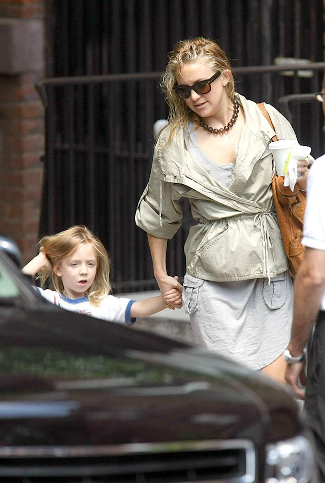 """For once we're loving Ryder's long locks. Next to mom Kate, he's looking fab while she's looking drab. <a href=""""http://www.infdaily.com"""" target=""""new"""">INFDaily.com</a> - June 18, 2008"""