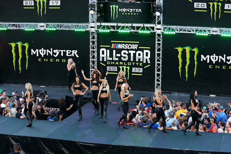 Monster Girls entertain the crowd at the Monster Energy NASCAR All Star Race in Charlotte, North Carolina, on May 20, 2017. (Sarah Crabill/Getty)