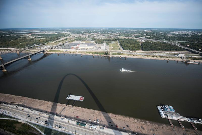 The Mississippi River and Illinois can be seen from the top of the arch.