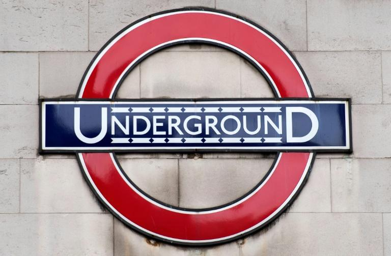 BBC cricket correspondent Jonathan Agnew is to read out announcements on the London Underground for fans going to the World Cup final