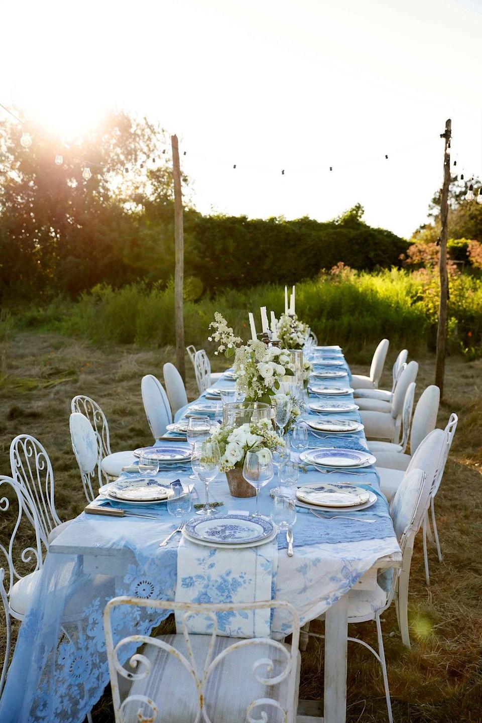 The main wedding party table in the late afternoon light.
