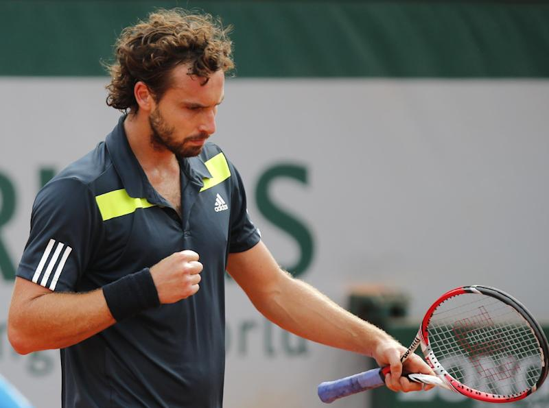 Gulbis finds 'inner comfort,' and French semis