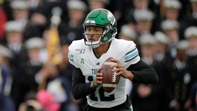 Tulane quarterback Justin McMillan looks to pass against Navy on Oct. 26 in Annapolis. (AP Photo/Julio Cortez)