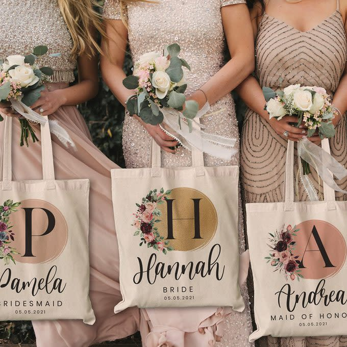 """<a href=""""https://www.tasteofhome.com/collection/bridesmaid-gifts/"""" rel=""""nofollow noopener"""" target=""""_blank"""" data-ylk=""""slk:19 Beautiful Bridesmaid Gifts (at Every Price Point!)"""" class=""""link rapid-noclick-resp"""">19 Beautiful Bridesmaid Gifts (at Every Price Point!)</a>"""