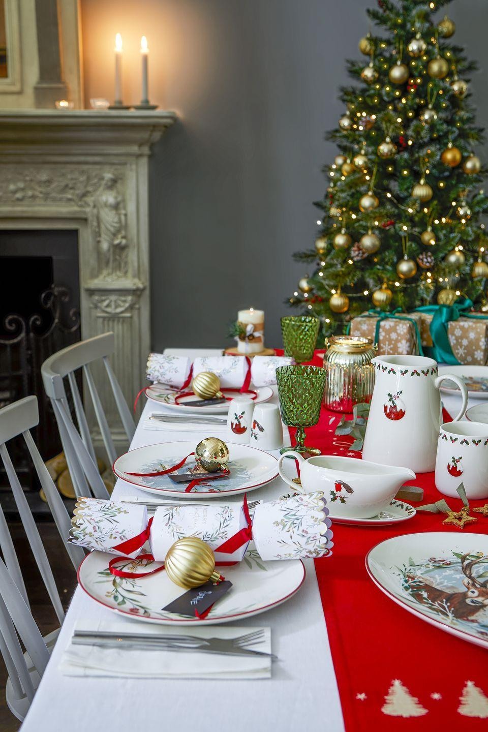 <p>Taking inspiration from nostalgic Christmas designs, the Forest Greens range is packed with reds, greens, golds, as well as festive favourites like the robin and Christmas pudding prints.</p><p>Tesco add: 'Invite country cosiness into the dining room with tableware featuring charming motifs.'</p>