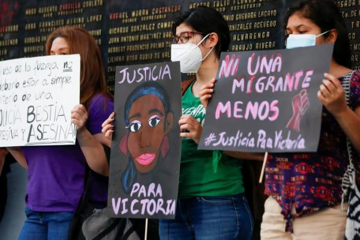 FILE PHOTO: Women protest against the murder of Victoria Salazar Arriaza, a Salvadoran woman who died in Mexican police custody, in San Salvador
