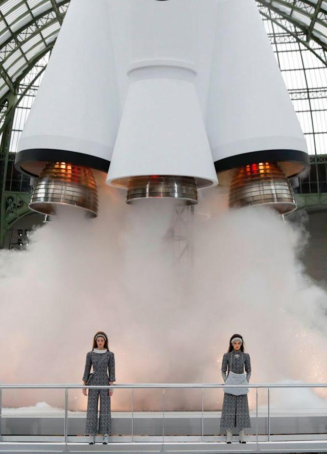 During Chanel's Fall 2017 show, models wore space-themed makeup, hair, and clothing. (Photo: Getty Images)