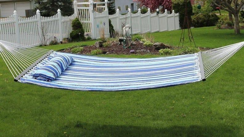 It's up to you whether you share this spacious hammock with a friend.