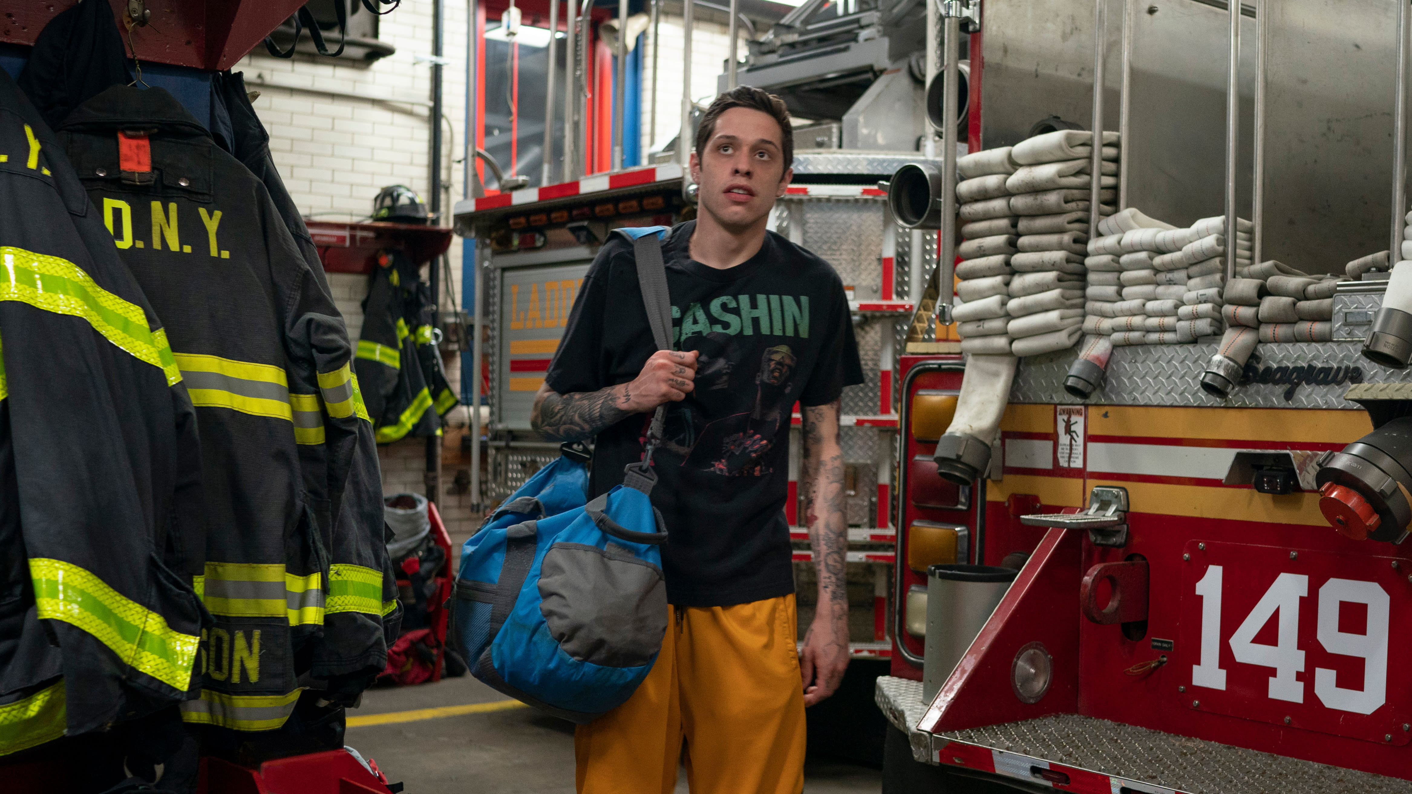 Pete Davidson as Scott Carlin in 'The King of Staten Island', directed by Judd Apatow. (Credit: Mary Cybulski/Universal)