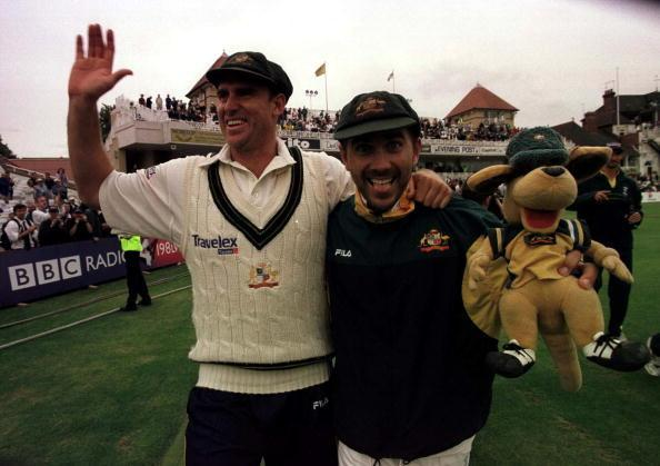 4 Aug 2001: Matthew Hayden and and Justin Langer celebrate after retaining the Ashes after the third day of the England v Australia third Npower Test match at Trent Bridge, Nottingham. Mandatory Credit: Hamish Blair/ALLSPORT