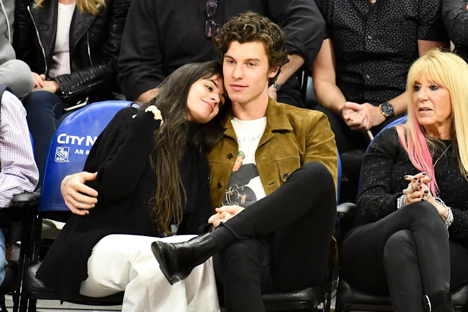 "<h1 class=""title"">Celebrities At The Los Angeles Clippers Game</h1> <cite class=""credit"">Allen Berezovsky/Getty Images</cite>"