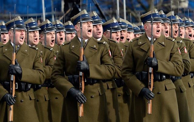 <p>Polish Army soldiers attends the official ceremony marking Poland's Independence Day, in Warsaw, Poland, Saturday, Nov. 11, 2017. (Photo: Alik Keplicz/AP) </p>