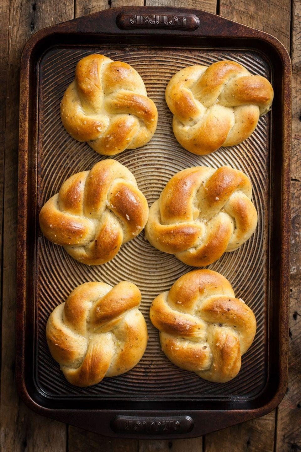 "<p>These beautiful garlic knots will make the perfect addition to any Easter spread. Just use vegan butter (this blogger used <a href=""https://earthbalancenatural.com/"" rel=""nofollow noopener"" target=""_blank"" data-ylk=""slk:Earth Balance"" class=""link rapid-noclick-resp"">Earth Balance</a>). </p><p><a href=""http://mycaliforniaroots.com/vegan-roasted-garlic-herb-dinner-rolls-recipe/"" rel=""nofollow noopener"" target=""_blank"" data-ylk=""slk:Get the recipe from My California Roots »"" class=""link rapid-noclick-resp""><em>Get the recipe from My California Roots »</em></a></p>"