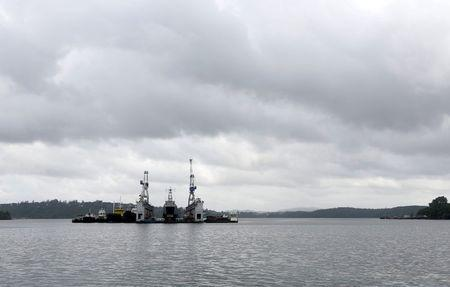 A floating dock of the Indian navy is pictured at the naval base at Port Blair in Andaman and Nicobar Islands, India, July 1, 2015. REUTERS/Sanjeev Miglani