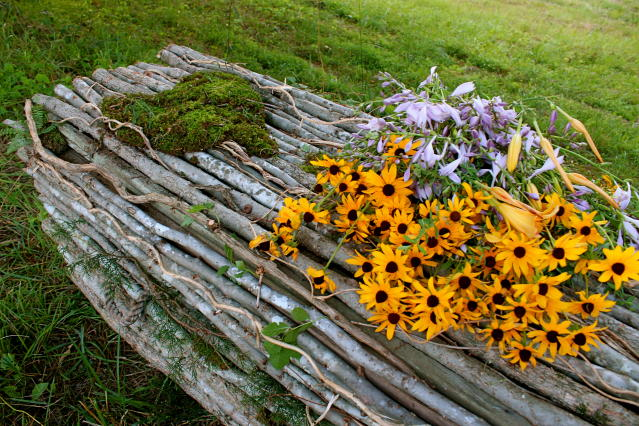 Natural burials are less expensive and environmentally friendly. (Photo: Larkspurconservation.org)