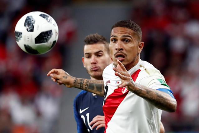 Soccer Football - World Cup - Group C - France vs Peru - Ekaterinburg Arena, Yekaterinburg, Russia - June 21, 2018 Peru's Paolo Guerrero in action REUTERS/Damir Sagolj TPX IMAGES OF THE DAY
