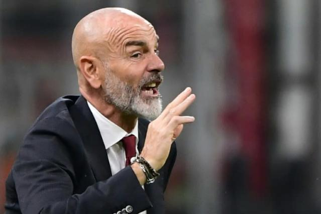 AC Milan were held to a 2-2 draw at home by Lecce in Stefano Pioli's first game in charge (AFP Photo/Miguel MEDINA)