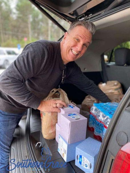 PHOTO: volunteers step up to help get supplies for endangered seniors in midst of the novel coronavirus outbreak. (Courtesy Southern Grace Hospice)
