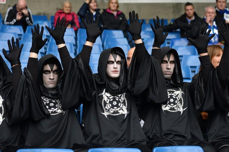 Group of hooded men show up at the Chelsea, Juve and Bayern Munich games