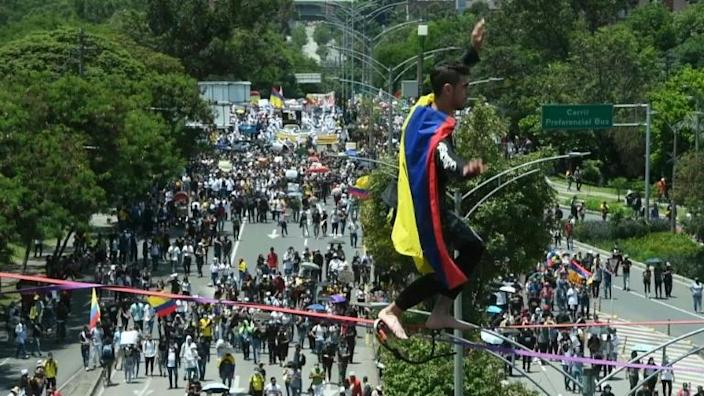 In Colombia, tightrope walkers join anti-government protests