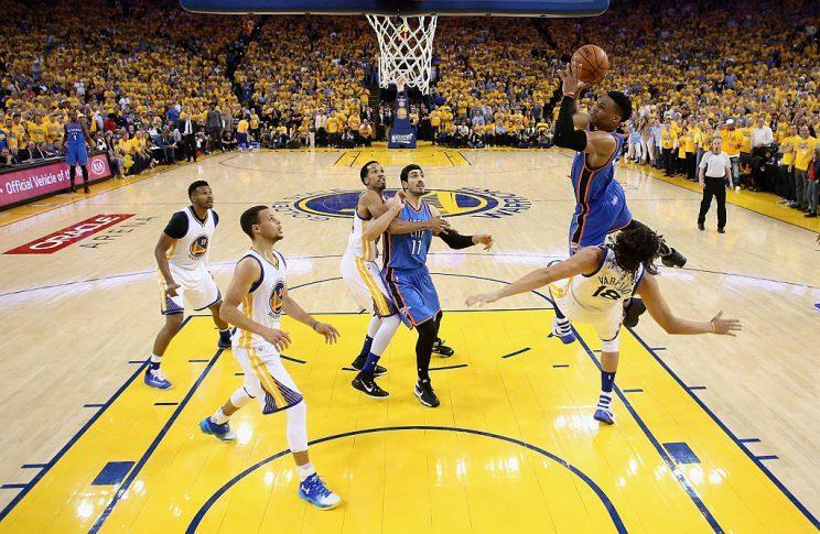 Anderson Varejao takes one for the team. (Getty Images)