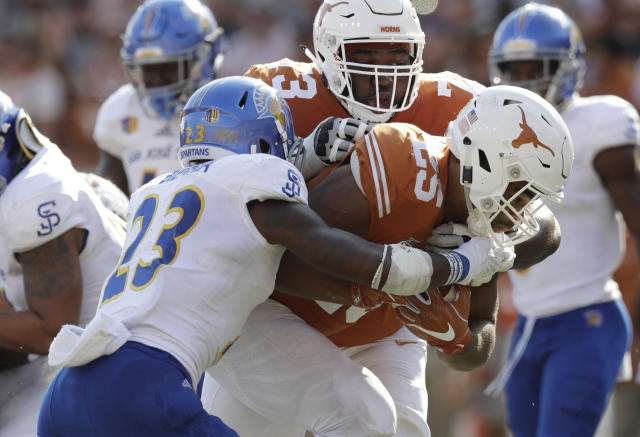 "Texas lineman <a class=""link rapid-noclick-resp"" href=""/ncaaf/players/267604/"" data-ylk=""slk:Patrick Hudson"">Patrick Hudson</a> was hospitalized and placed in the ICU after suffering heat illness in practice, the school announced Thursday. (AP)"