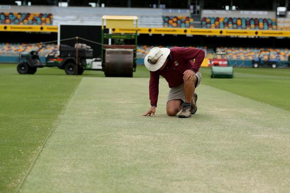 BRISBANE, AUSTRALIA - NOVEMBER 07:  General view of the pitch during an Australian training session at The Gabba on November 7, 2012 in Brisbane, Australia.  (Photo by Chris Hyde/Getty Images)