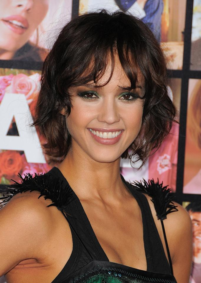 "<a href=""http://movies.yahoo.com/movie/contributor/1800019057"">Jessica Alba</a> at the Los Angeles premiere of <a href=""http://movies.yahoo.com/movie/1810094501/info"">Valentine's Day</a> - 02/08/2010"