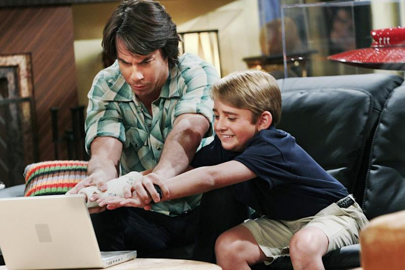 """This publicity photo provided by Nickelodeon shows Jerry Trainor as Vinnie, and Buddy Handleson as Wendell, in the """"Pilot"""" for the TV show, """"Wendell & Vinnie,"""" to to debut on Nickelodeon on Saturday, Feb. 16, 2013. Trainor, who starred in """"iCarly,"""" plays Vinnie, a bachelor who becomes the legal guardian of his nephew Wendell, played by Handleson. (AP Photo/Nickelodeon, Robert Voets)"""