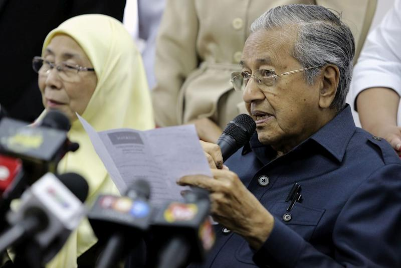 Asked if the government would review the construction of the ECRL project, Mahathir said it would be decided at a later date. — Picture by Yusof Mat Isa