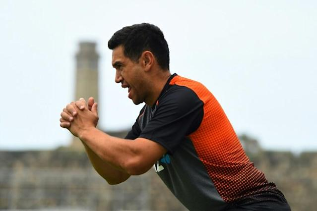 New Zealand cricketer Ross Taylor warms up during training in Galle (AFP Photo/ISHARA S. KODIKARA)
