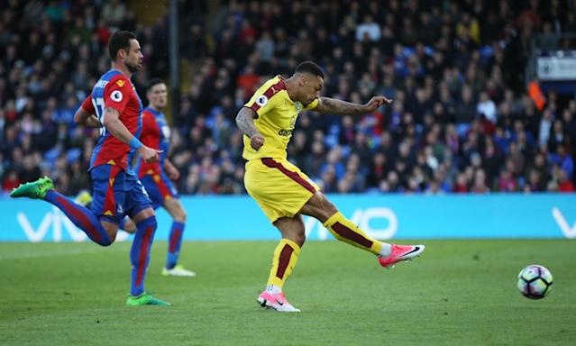 <p>Burnley's Andre Gray scores their second goal </p>