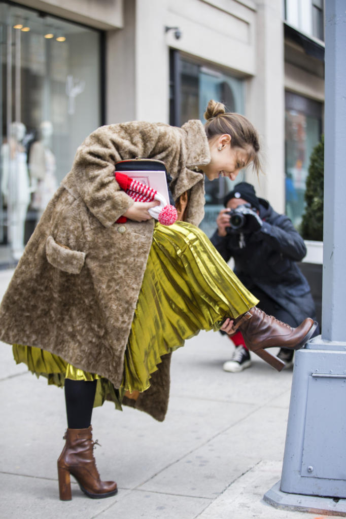 gucci skirt street style