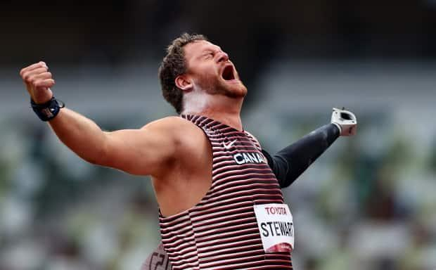 Canada's Greg Stewart winning gold in shot put at the Tokyo Paralympics on Wednesday. (Athit Perawongmetha/Reuters - image credit)
