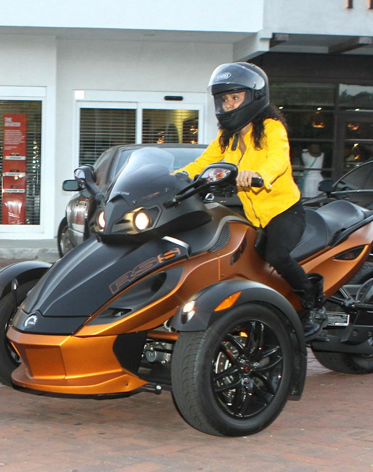 """Later that night, the petite actress and her hubby were in the mood for sushi, so they hit up Nobu Malibu. While Will left solo in a black luxury vehicle, Jada hit the road on her fancy three-wheel motorcycle! (7/2/2012)<br><div style=""""display:none;"""" class=""""skype_pnh_menu_container""""><div class=""""skype_pnh_menu_click2call""""><a class=""""skype_pnh_menu_click2call_action"""">Call</a></div><div class=""""skype_pnh_menu_click2sms""""><a class=""""skype_pnh_menu_click2sms_action"""">Send SMS</a></div><div class=""""skype_pnh_menu_add2skype""""><a class=""""skype_pnh_menu_add2skype_text"""">Add to Skype</a></div><div class=""""skype_pnh_menu_toll_info""""><span class=""""skype_pnh_menu_toll_callcredit"""">You'll need Skype Credit</span><span class=""""skype_pnh_menu_toll_free"""">Free via Skype</span></div></div>"""