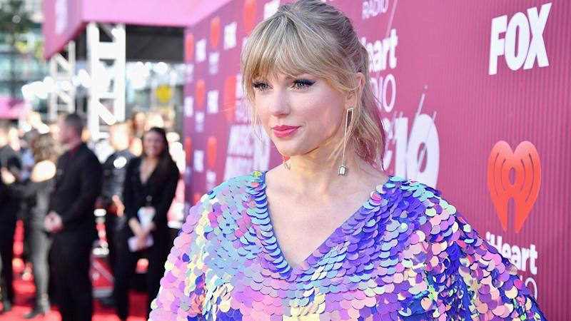 Taylor Swift Has a 'Game of Thrones' Easter Egg Battle With Her Family